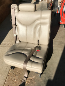 2002 Yukon 3rd Row Tan Leather Seats