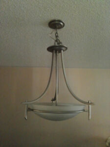 Chandelier Silver -3 lights - Nuvo - 40$
