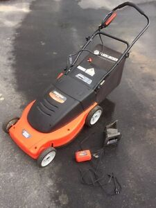 Black & Decker 24v Electric Lawn Mower