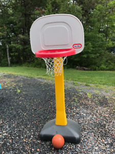 Kids Basketball Hoop and Ball - Little Tikes