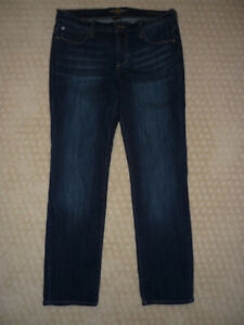 Ladies Lucky Brand Jeans - size 10/30 (length)