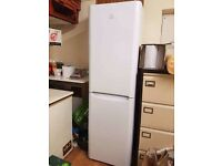 indesit fridge freezer in good condition fully working frost free