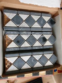 Box of border tiles