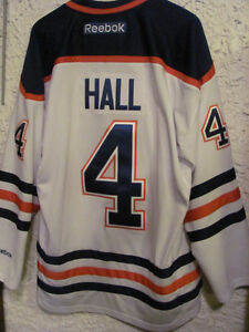 huge selection of 86eb6 7558b Taylor Hall Signed Jersey | Kijiji in Alberta. - Buy, Sell ...