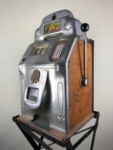 Jennings Standard Chief 10 Cent Slot Machine, circa 1940s