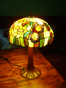 2 TIFFANY LAMPS
