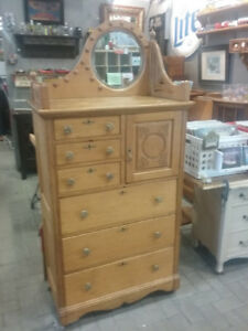 ANTIQUE OAK HIGHBOY