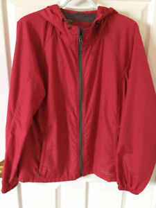 Women's Eddie Bauer Fall and Spring Jacket,mint condition $12.00