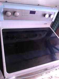 Stove electric whirlpool  new