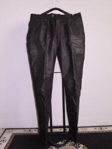 Manteau, pantalon de moto
