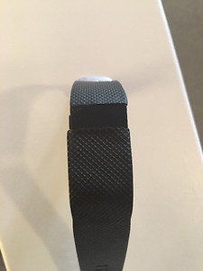 Fitbit Charger HR - No charger
