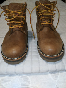 Roots Italian Tribe Leather mens boots
