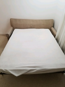 Divan lit double seally a vendre