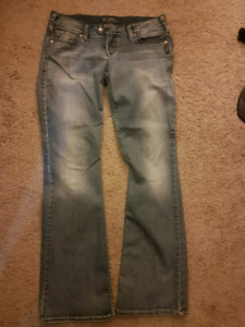 Silver jeans 31/33