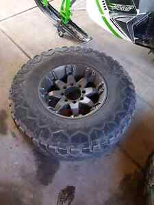 "18"" fuel octanes on 37s - - want gone today - -"