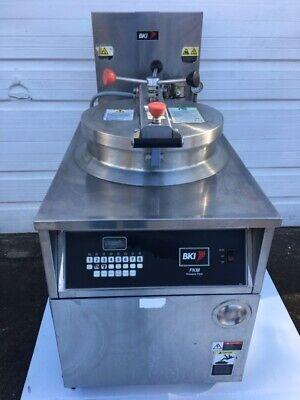 Bki Fkm-f Commercial Electric Pressure Fryer - 208v3ph Wfiltration Basket
