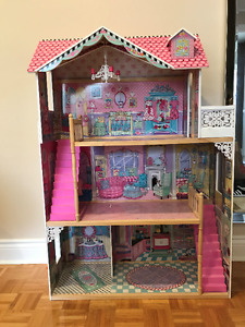 Wooden 3-floor Doll House KidKraft Amelia Dollhouse