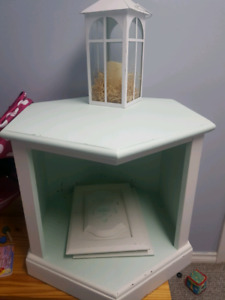 Side table or dog bed like picture 3