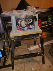 "Delta Deluxe 10"" Table saw with stand"