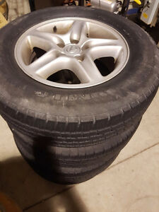 Lexus rx300 16 inch aluminium rims with tires