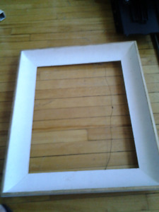 WOOD PICTURE FRAME WHITE GOLD TRIM 84X54CM