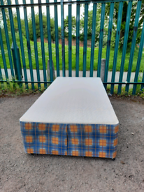 Single bed base (delivery available