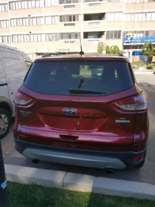2014 Ford Escape SE AWD SUV low km ecoboost extra package