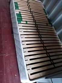 Single electric adjustable bed base
