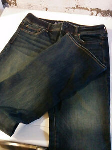 BRAND NEW, never worn American eagle kick boot jeans