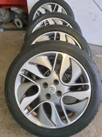"""17"""" Genuine Renault alloy wheels fit clio zoe megane scenic Twingo"""