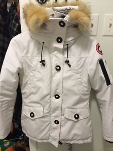 Authentic White Canada Goose Jacket - Small