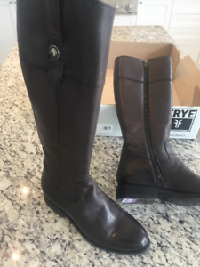 Brand new Frye  brown boots size 8 $500 firm