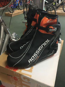 Rossignol Nordic Skate Skiing Boots - Size 44