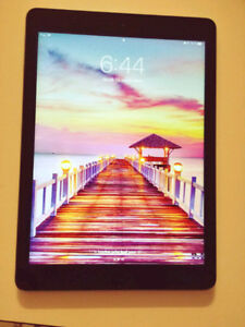 IPad Air 1 Gen 64GB Wifi Parfaite Condition