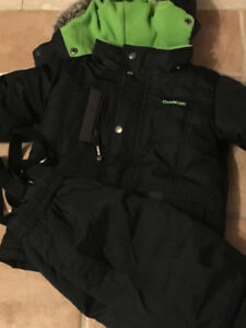 Like NewOSHKOSH 4T Black Jacket and Snow Pants