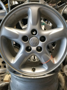 4 mags usage toyota 16 pouce 5x114.3