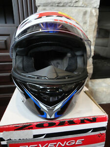 Zoan Revenge Helmet Size XS Blue w/4 Visors Included!! Brand New Kitchener / Waterloo Kitchener Area image 5