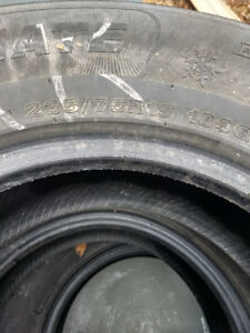 4 Weathermax winter tires 235/75r15