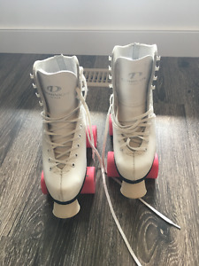DOMINION CANADA ROLLER SKATES SIZE 6 BARELY USED