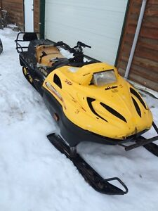 Parting out 2002 Skidoo Skandic 440 LT