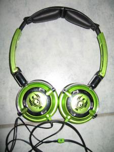 Sony and Skull Candy Headphone