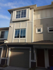3 bedrooms townhouse 9811 Ferndale Road