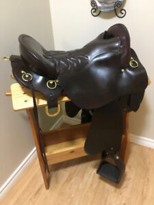 Tucker Hornless Trail Saddle in New condition!