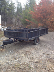 6 x 8 foot utility trailer excellent shape