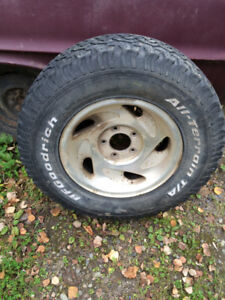 LT 265/70R17 TIRE AND RIM FORD TRUCK
