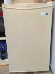 Danby mini fridge (All Refrigerator)
