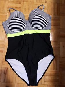 Women's Swimsuit Size XL