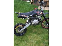 M2R PITBIKE 125CC MINT CONDITION QUICK SALE