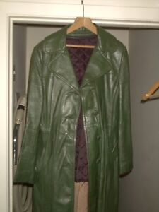LEATHER FULL LENGTH COAT -and- NEW PARKA Regina Regina Area image 3