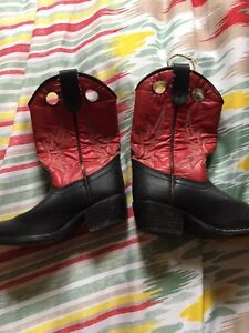 Cowboy boot boys - size 11 fits smaller